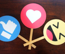 ramki ramka facebook instagram gadżety do zdjęć emotki-emotikony facebook emoji-fotobudka-selfie-ramki-gadżety-na-eventy-ala-instagram-fotoramki-weselne-przybory-rekwizyty-panieńskie-kawalerskie-sklep-produkcja