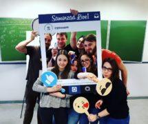 fotoramki samorzą studencki UAM poznań emotki społecznościowe ramka facebookowa instagramowa instaframe facebookframe produkcja sklep