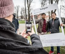 powerevents insta frame ramki na zamówienie sklep online facebook instagram promocja miasta ramka eventowa na wydarzenia do selfie rekwizyty do zdjęć